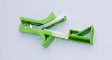 umbilical-cord-clamp